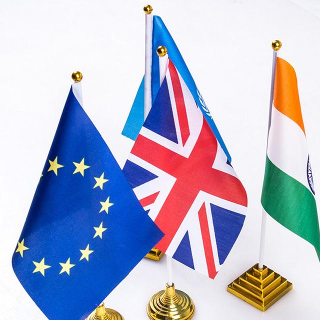 Les mini drapeaux personnalisés: Outils marketing pratiques et efficaces