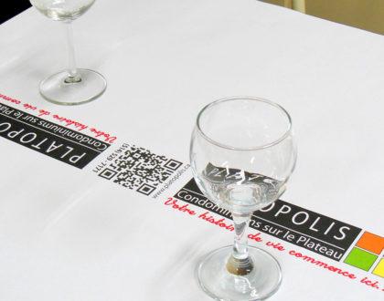 Booster la publicité avec la nappe papier personnalisée